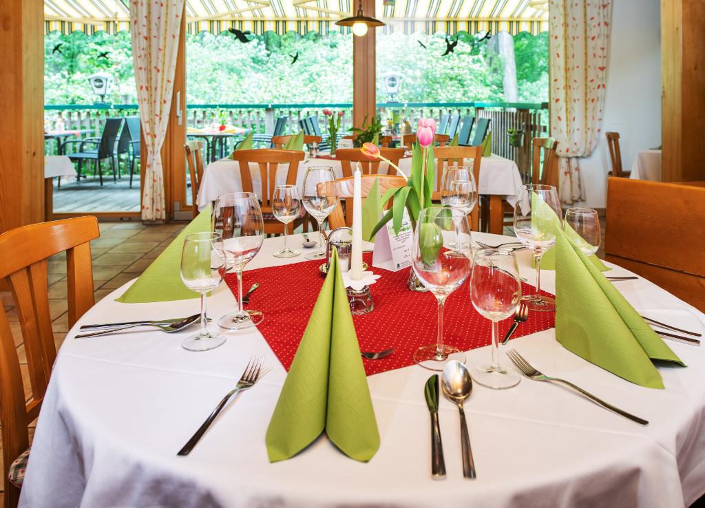 Tisch reservieren im Bootshaus St. Pölten